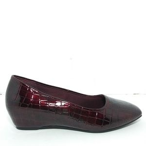 Hush Puppies Soft Style Patent Leather Loafers Sz9